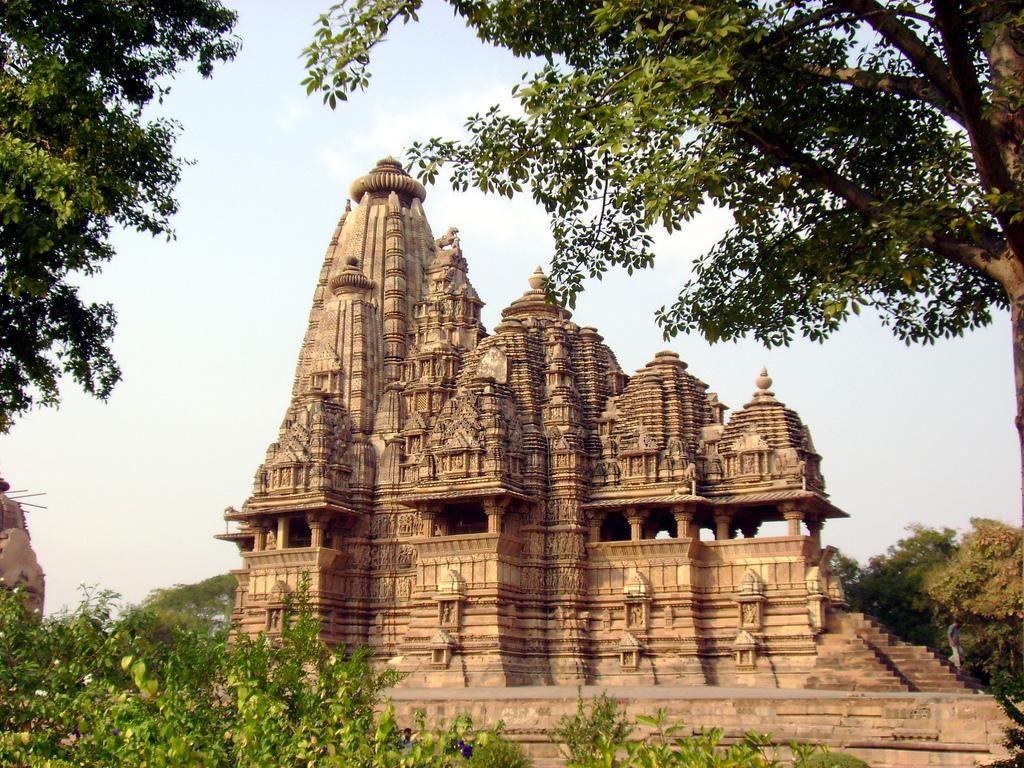 khajuraho-temple-image