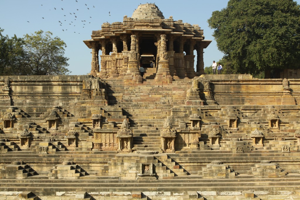 Sun_Temple,_Modhera,_Gujarat,_India