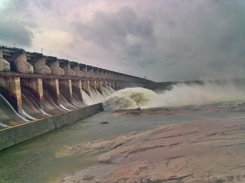 Sri_Ram_Sagar_Project_(Pochampahad)