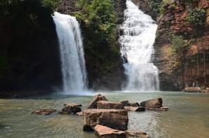 Waterfall_at_Tirathgarh