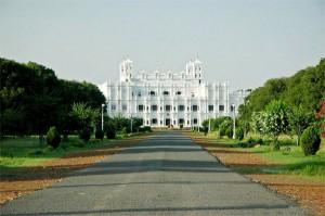 JaiVilas_Palace_Gwalior_-_panoramio
