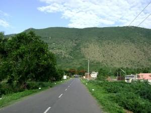 1280px-Yelagiri_Hill