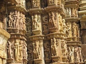3=Devi_Jagdambi_Temple_Khajuraho_-_Outer_Wall_01