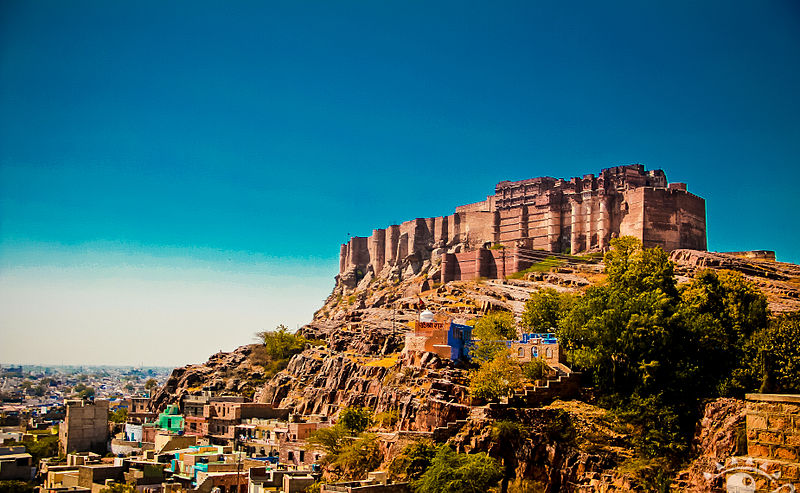 800px-The_Mehrangarh_fort