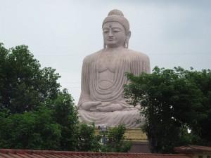 80_feet_buddha_statue