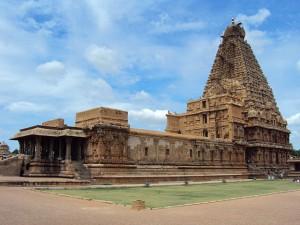 Brihadeeswarar_Temple,_Thanjavur