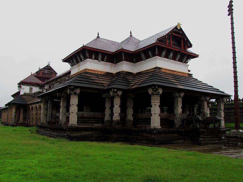 Thousand_Pillars_Temple