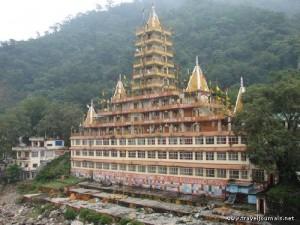 temple-rishikesh-india