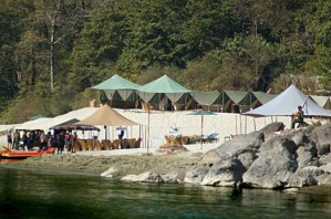 leopard-beach-tented-camp1
