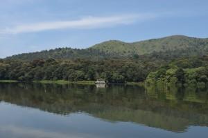 Periyar_Tiger_Reserve,_Periyar_Lake,_Kerala