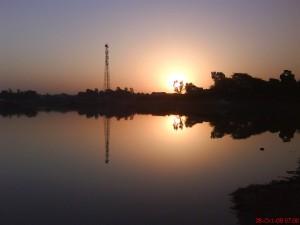 Sunrise_at_Takhatgarh_Talab
