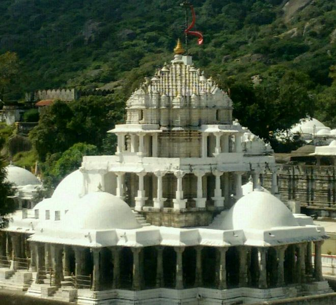 Dilwara_Prashvantha_Temple