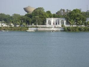 Kankaria_Lake_at_Ahmedabad