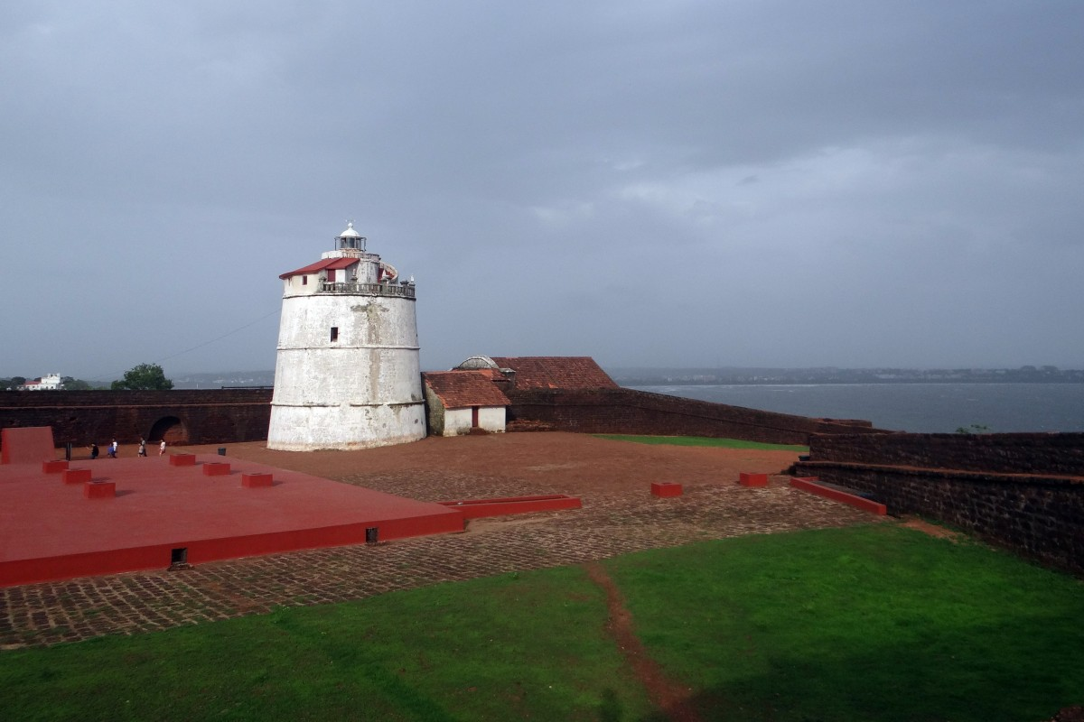 aguada_fort_lighthouse_